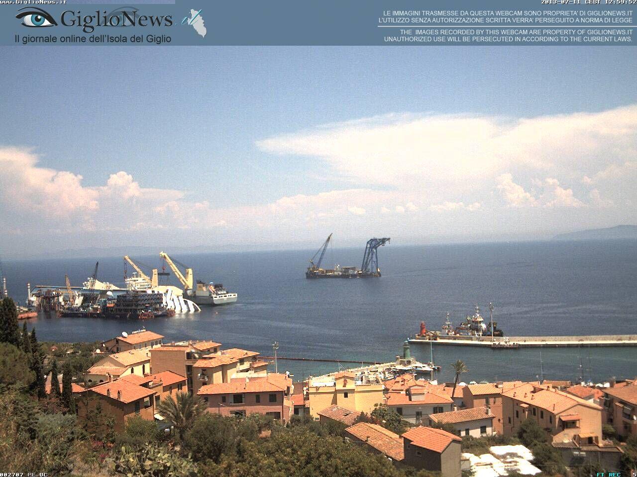 Giglio: the Costa Concordia Thu July 11 2013 11:00:06