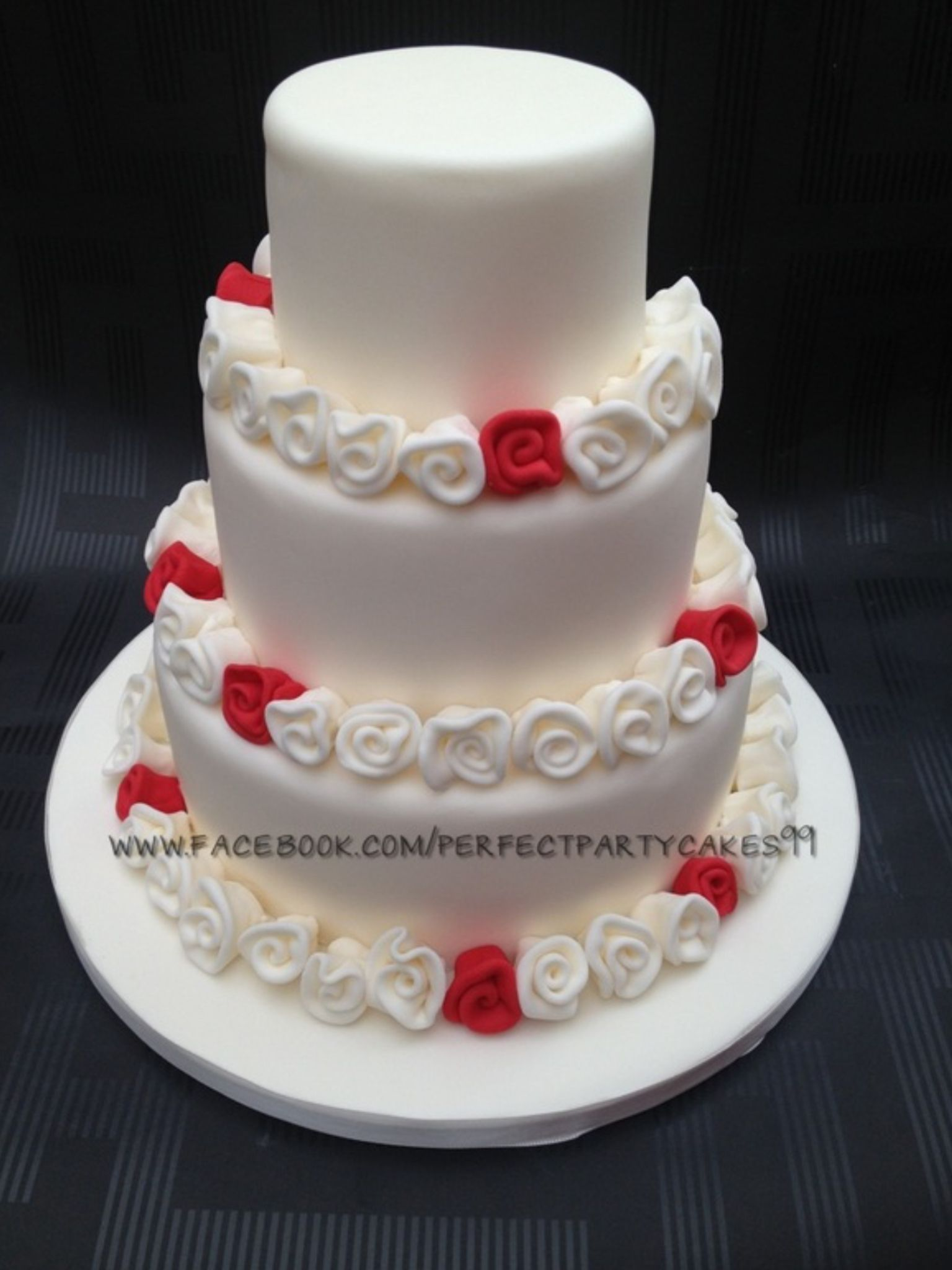 Ribbon rose wedding cake wwwweddingcakesbysharoncom pinterest
