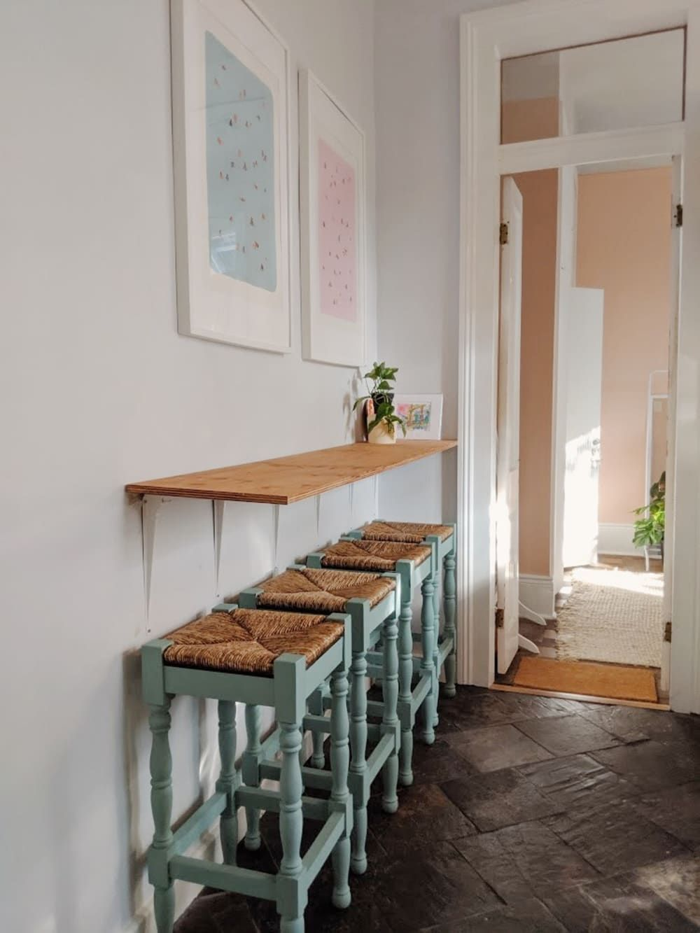A Small Rental Apartment Has The Cutest Diy Kitchen Bar Diy Breakfast Bar Kitchen Bar Diy Kitchen
