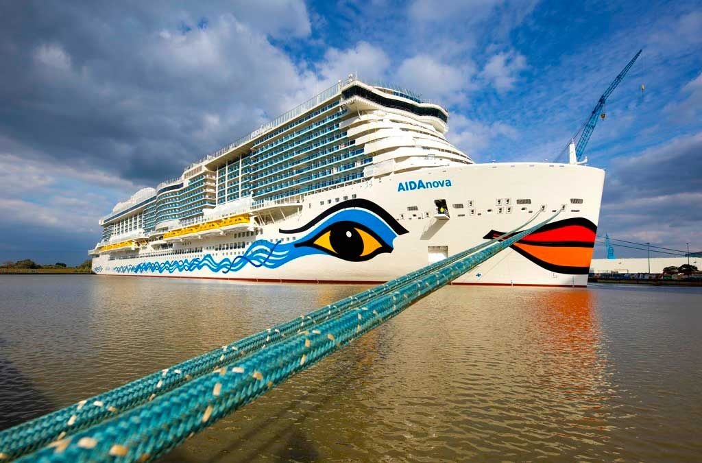 Largest Cruise Ship In The World 2020 Biggest Cruise Ship Carnival Cruise Ships Cruise Ship