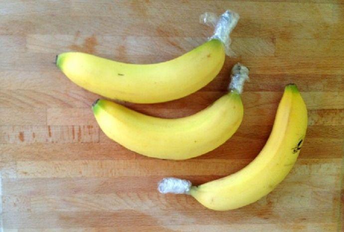 Если обернуть ножки бананов пищевой пленкой 0