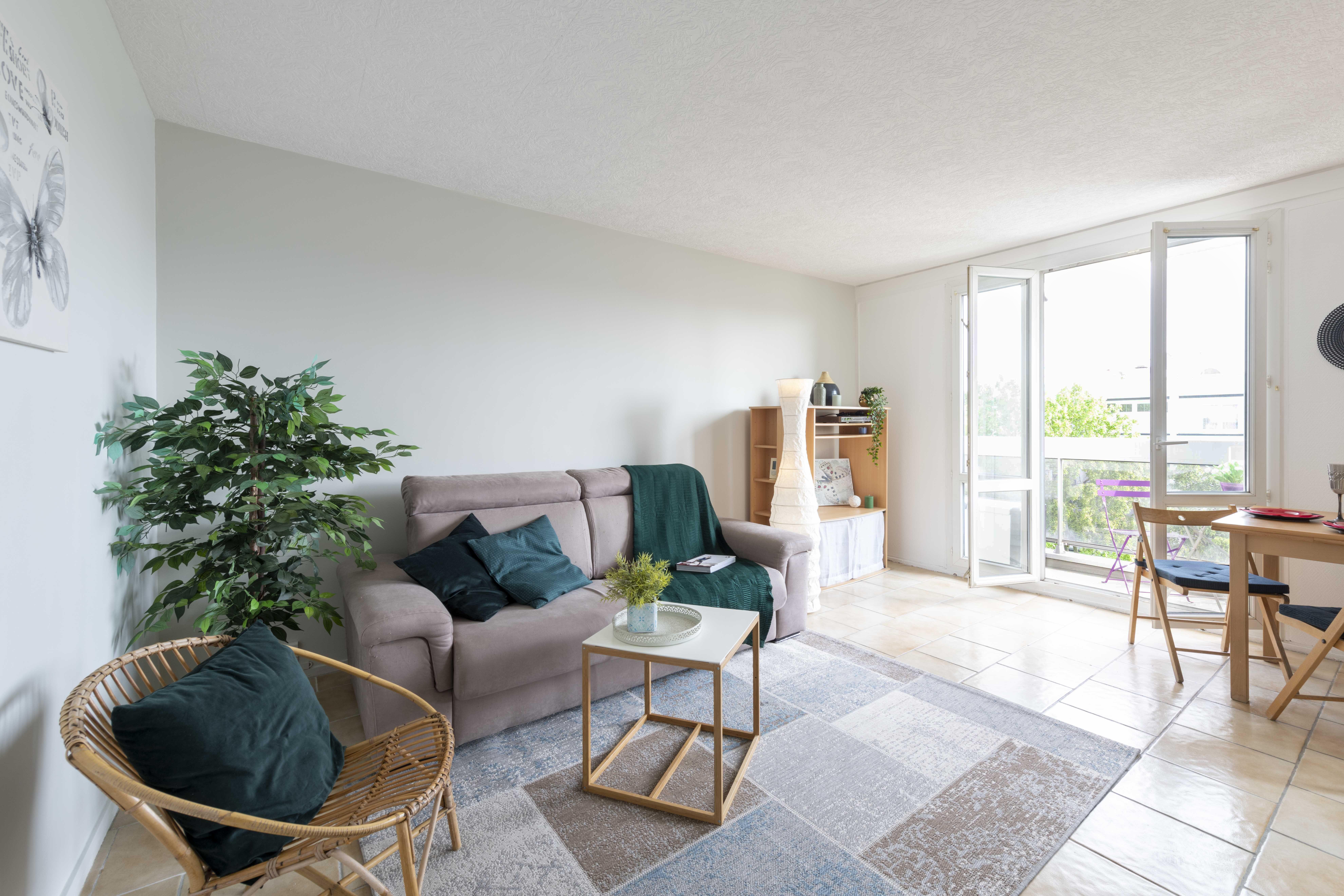 Home Staging D Un Appartement En Essonne Homestagingavantapres Une Cliente Fi In 2020 Outdoor Furniture Sets Unique Furniture Furniture Plans