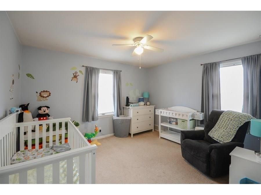 Cute Design For A Kid S Bedroom Edina Realty Beautiful Bedrooms Large Family Rooms Edina Realty