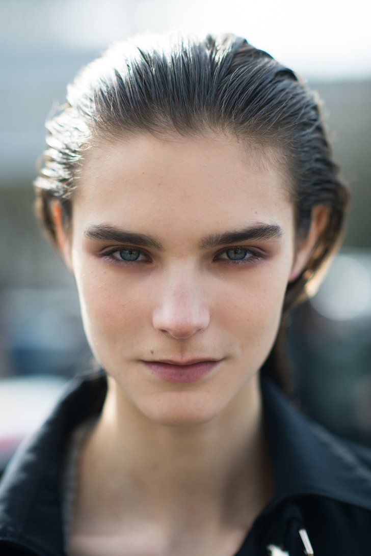 Pin for Later: Plan Your NYFW Look With These Inspiring Beauty Street Style Snaps PFW Beauty Street Style Fall 2014 We're feeling some serious brow envy. Source: Le 21ème | Adam Katz Sinding