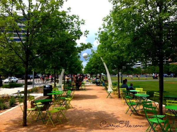 Free In Dallas Ride The M Line Trolley And Visit Klyde Warren Park