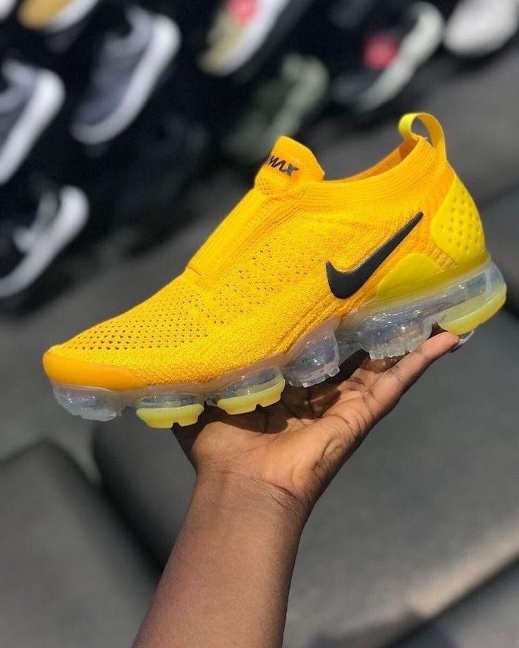 yellow #SNOCKS #sneaker #socks #nike