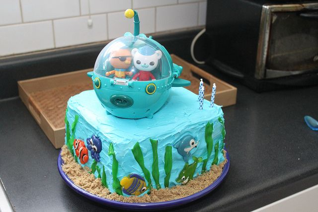 Wondrous Easy Octonauts Cake With Toy Gup Topper Octonauts Cake Funny Birthday Cards Online Alyptdamsfinfo