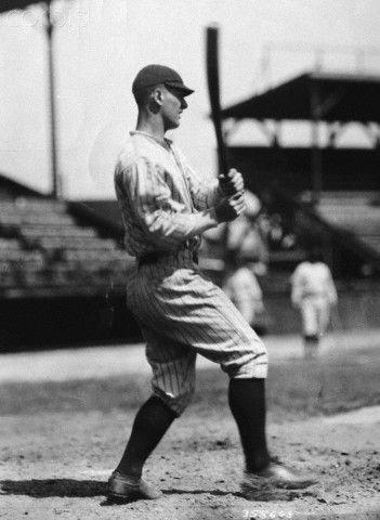 Lou Gehrig Swinging Bat
