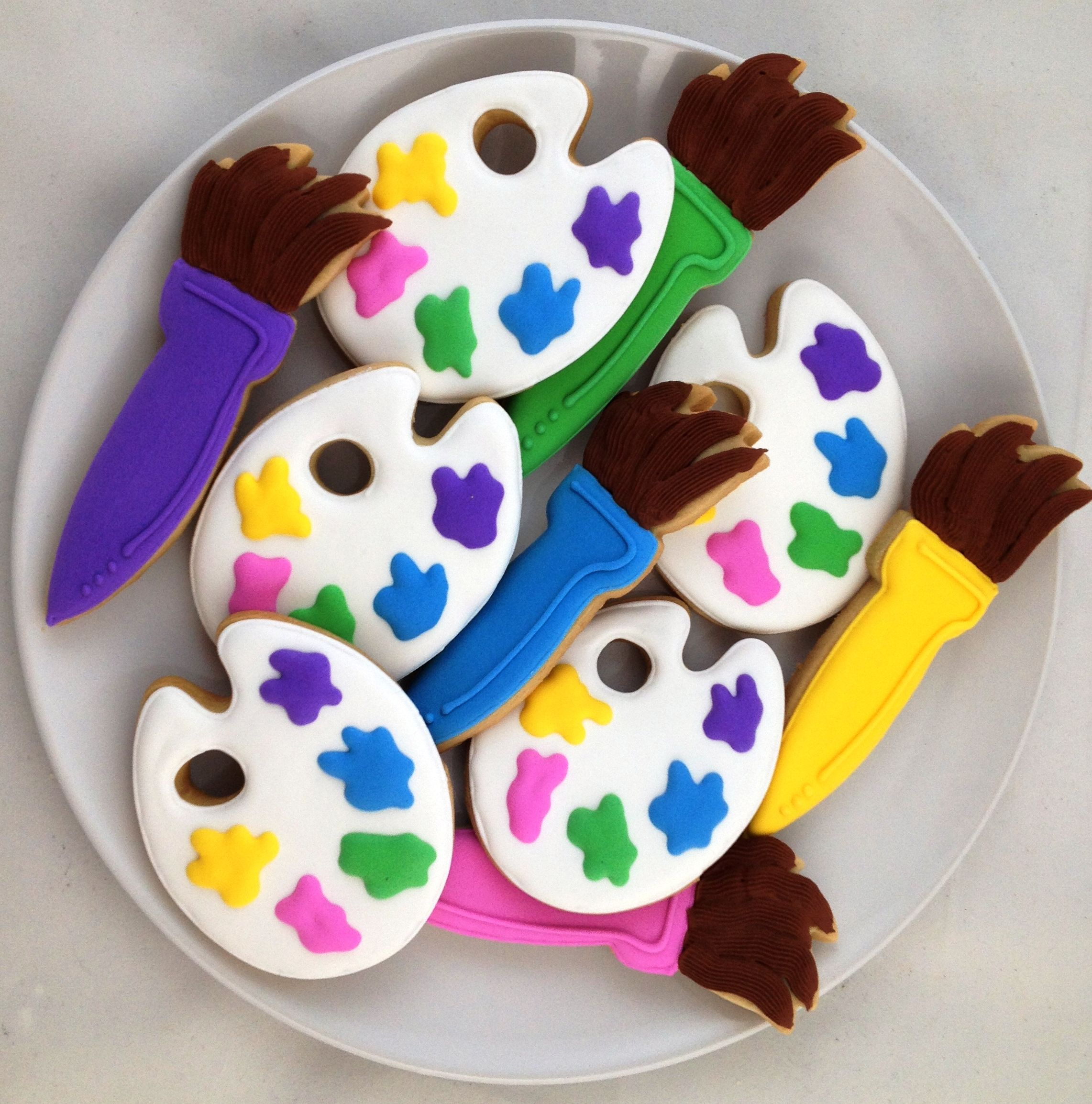 Paint Brush And Palette Cookies