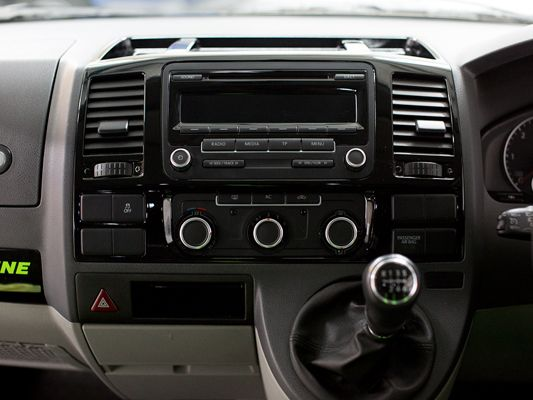 http://www.customvanz.com/VW-Transporter-T5-Interior-Styling ...