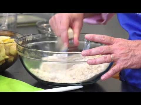 ▶ How to Make Apple Cranberry Crisp - YouTube