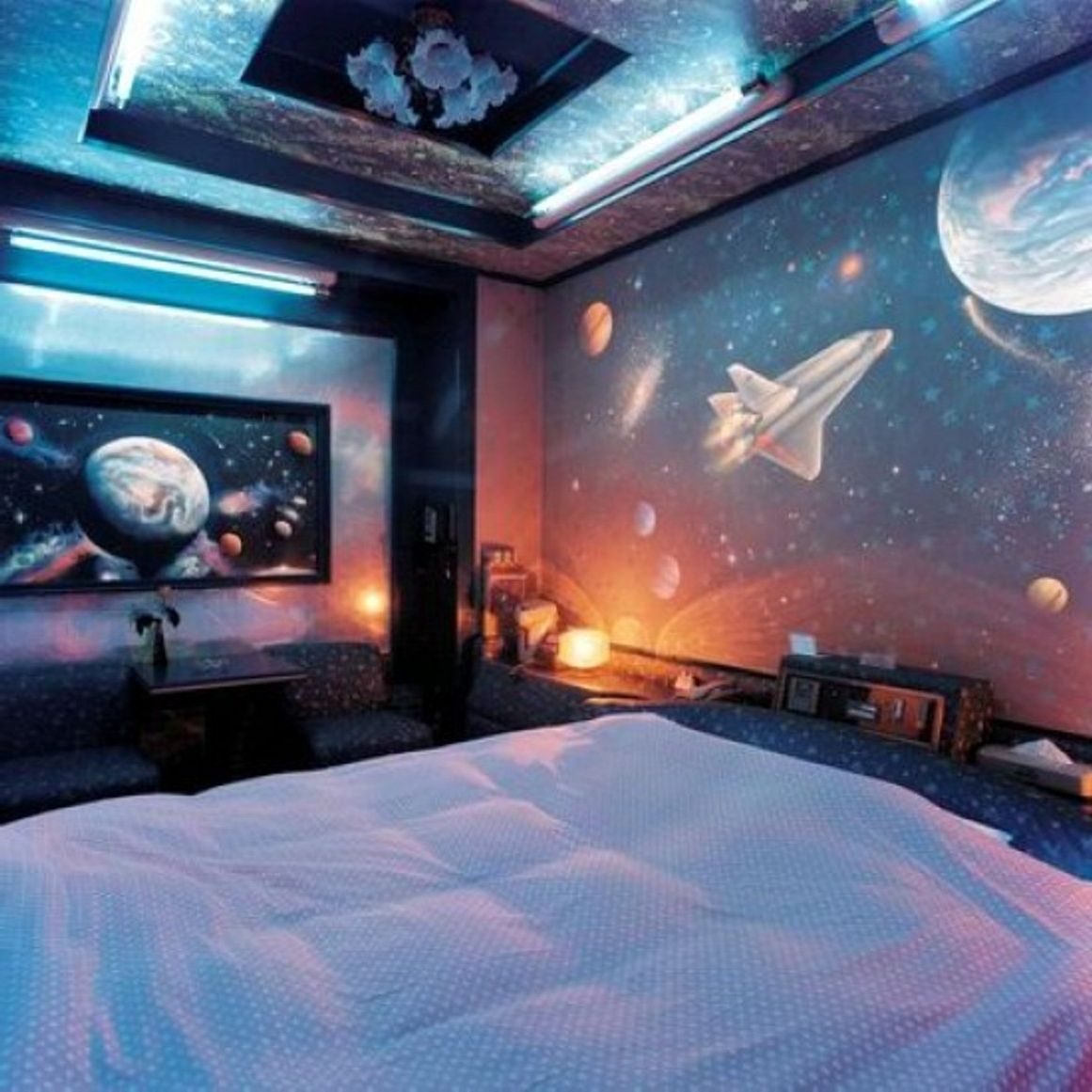 Outer Space Room Decor For Teen: SPACE THEMED INTERIOR DESIGN - Google Search