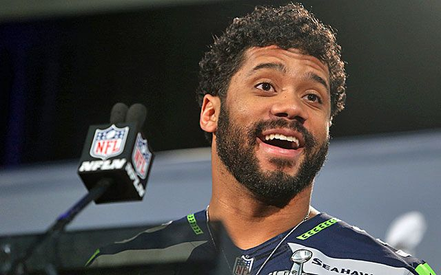 Russell Wilson, Seahawks sign 4-year, $87.6M extension!