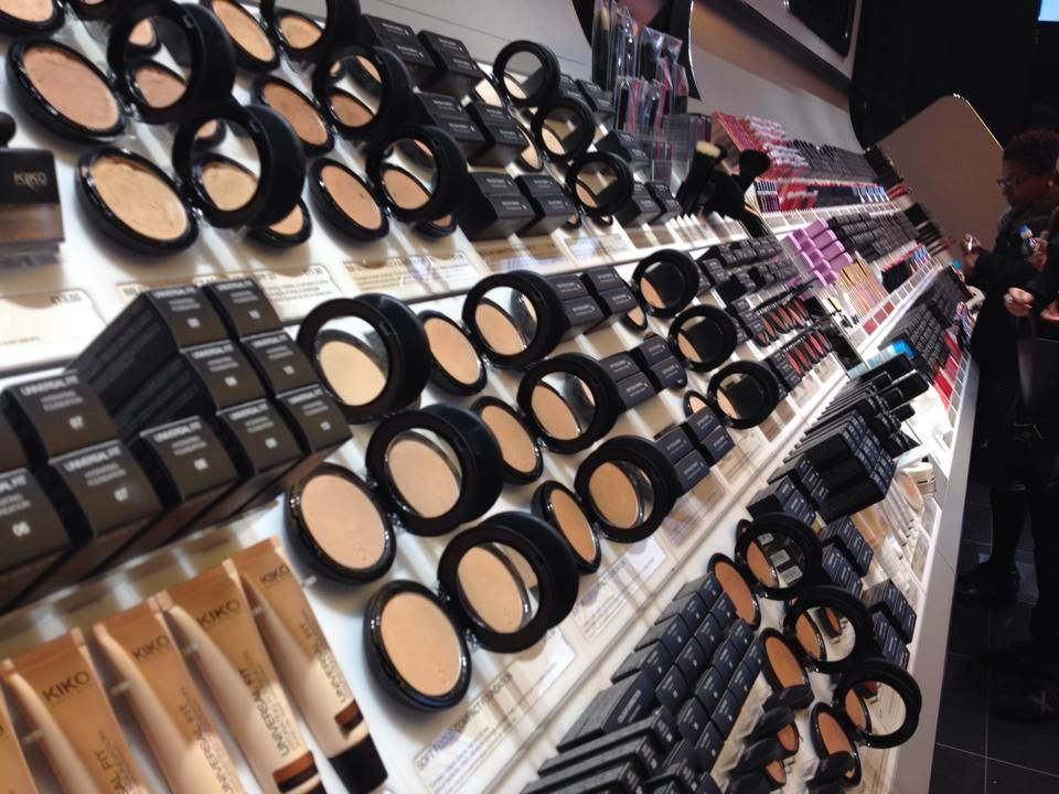 Read about my experience at my new favourite make up brand