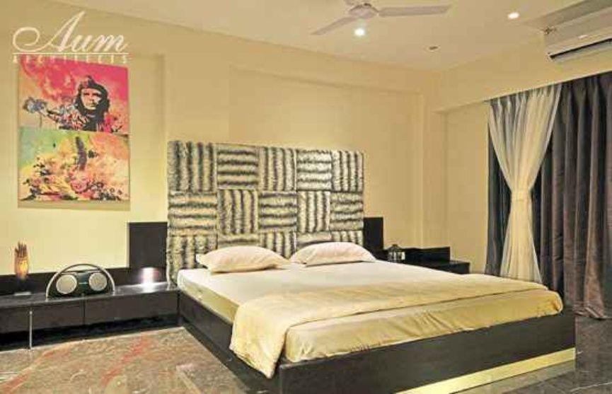 Master bedroom with headboard by Balas, Interior Designer ...