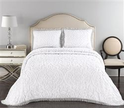 Layla King Bedspread 120x120 Avail In 4 Colors 159 99 Bed Spreads Bed Chenille Bedspread