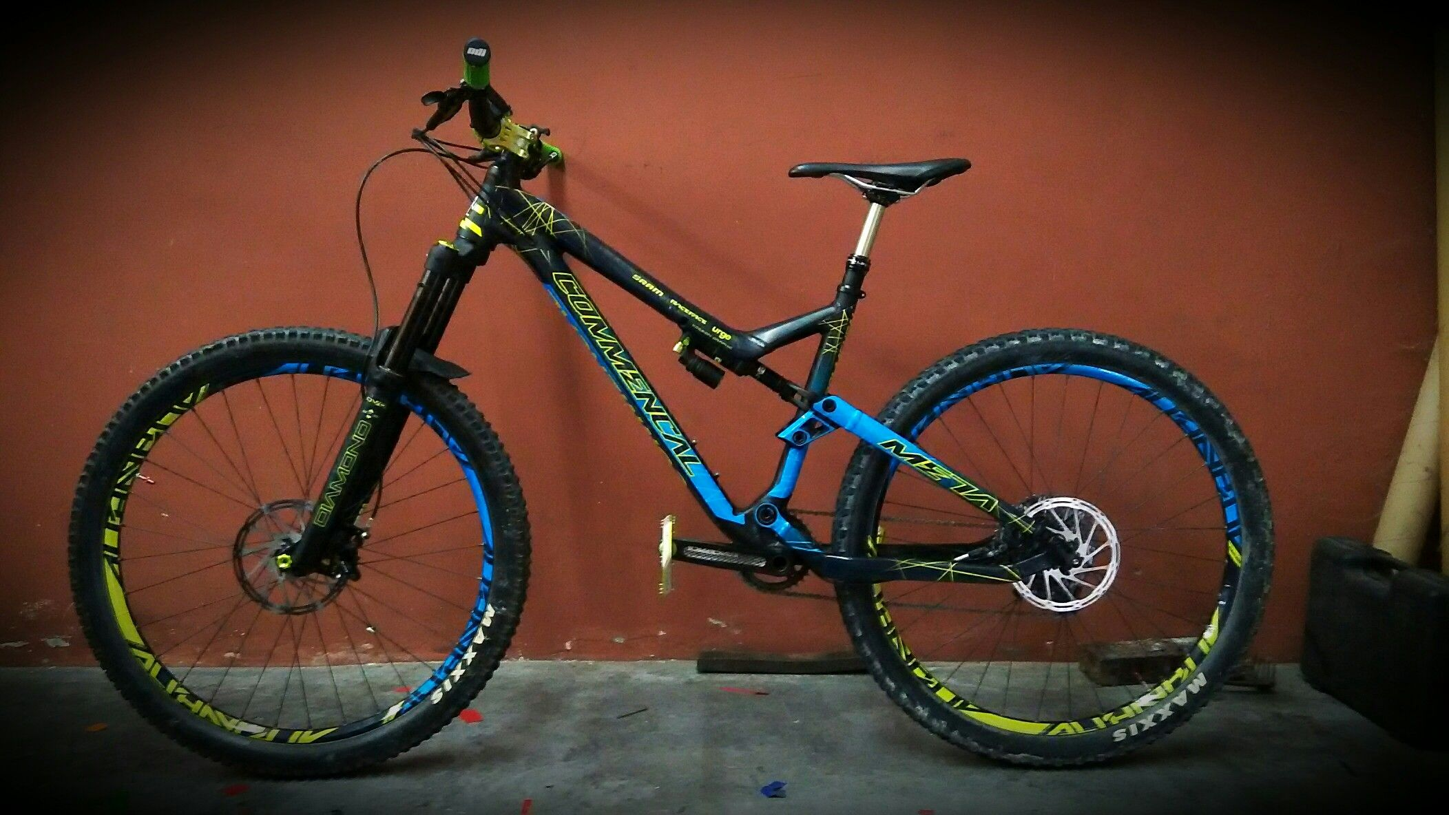 Commencal meta custom decals by xdesign graphic
