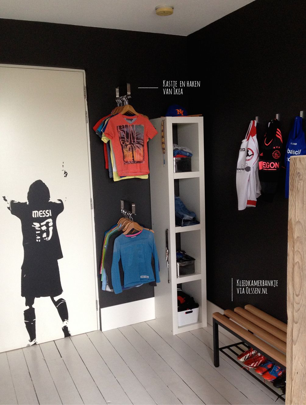 Soccerroom for a 8 year old boy. www.facebook.com/RoomToBeDifferent ...