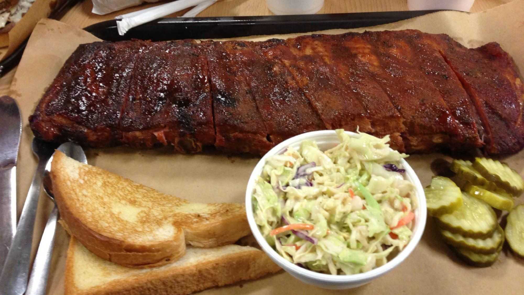 The History Behind Kansas City Style Barbecue And Its Star Burnt Ends Best Bbq Bbq Restaurant Holiday Grilling
