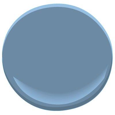 benjamin moore old blue jeans goes great with 839 benjamin moore kensington blue 840 paint. Black Bedroom Furniture Sets. Home Design Ideas