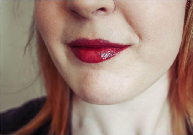 DIY Deep Dark Red Lip #makeup #makeupaddict #makeuplook #beauty #beautyblogger #bblog #bblogger #fotd #makeupproducts