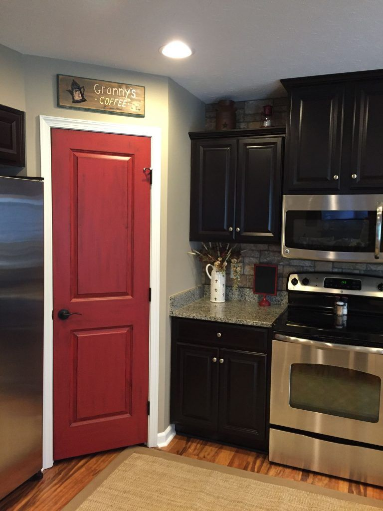 Best 31 Black Kitchen Ideas For The Bold Modern Home Painted 640 x 480
