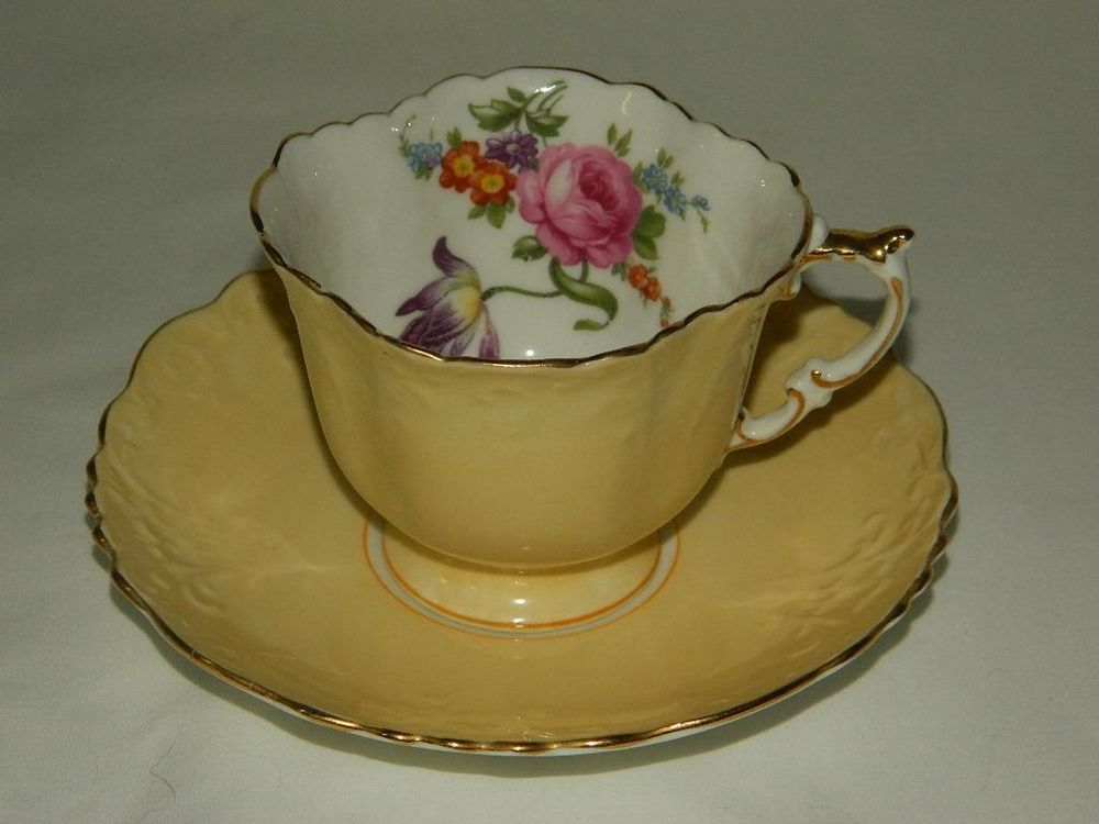 Aynsley England Bone China Yellow W Gold Fl Accent Square Cup Saucer Set