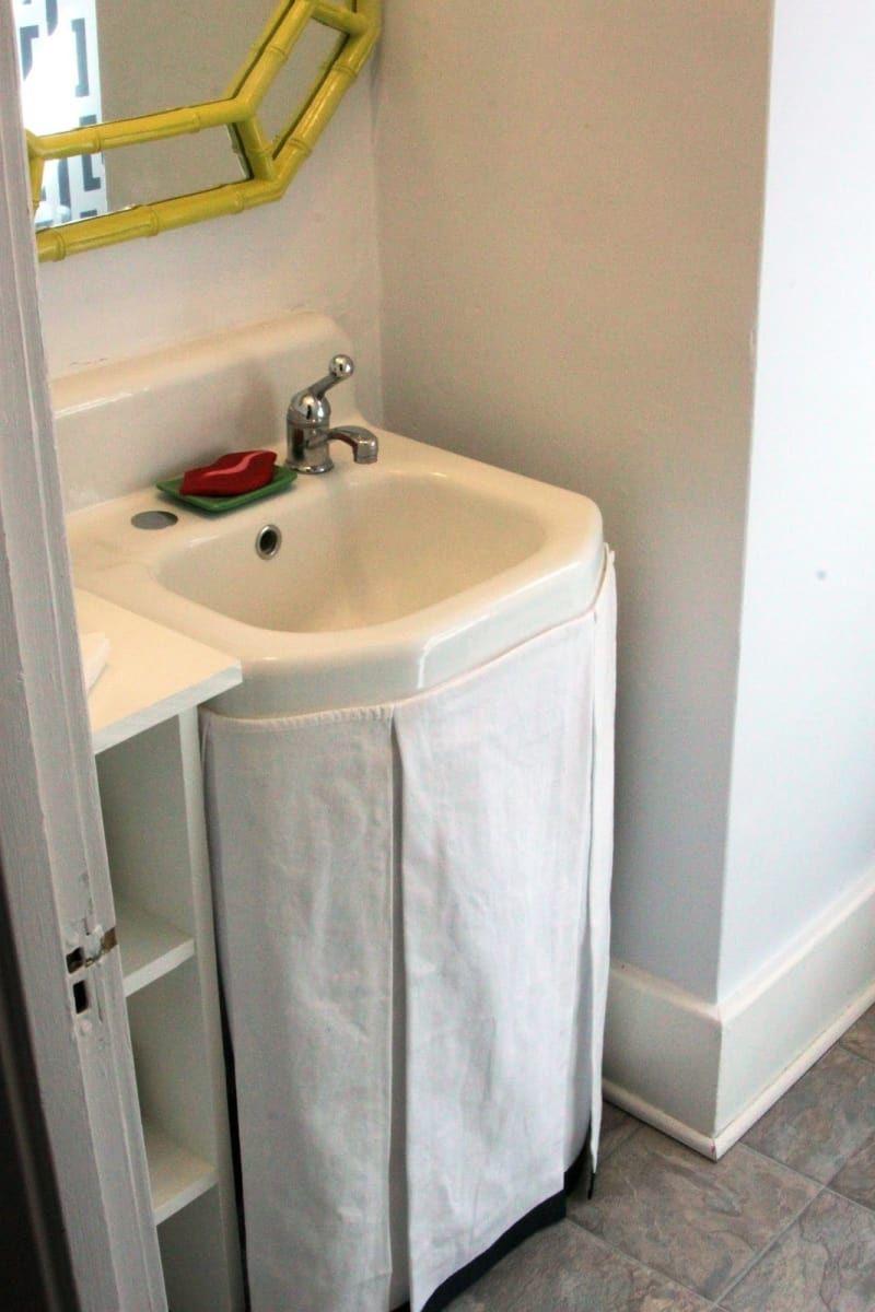 16 Einrichtungs Hacks Um Dein Badezimmer Zum Besten Zimmer Deiner Wohnung Zu Machen Waschbecken Vorhang Badezimmer Diy Badezimmer Klein