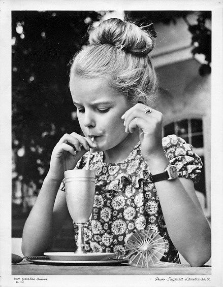 Girl // by german photographer Siegfried Lauterwasser
