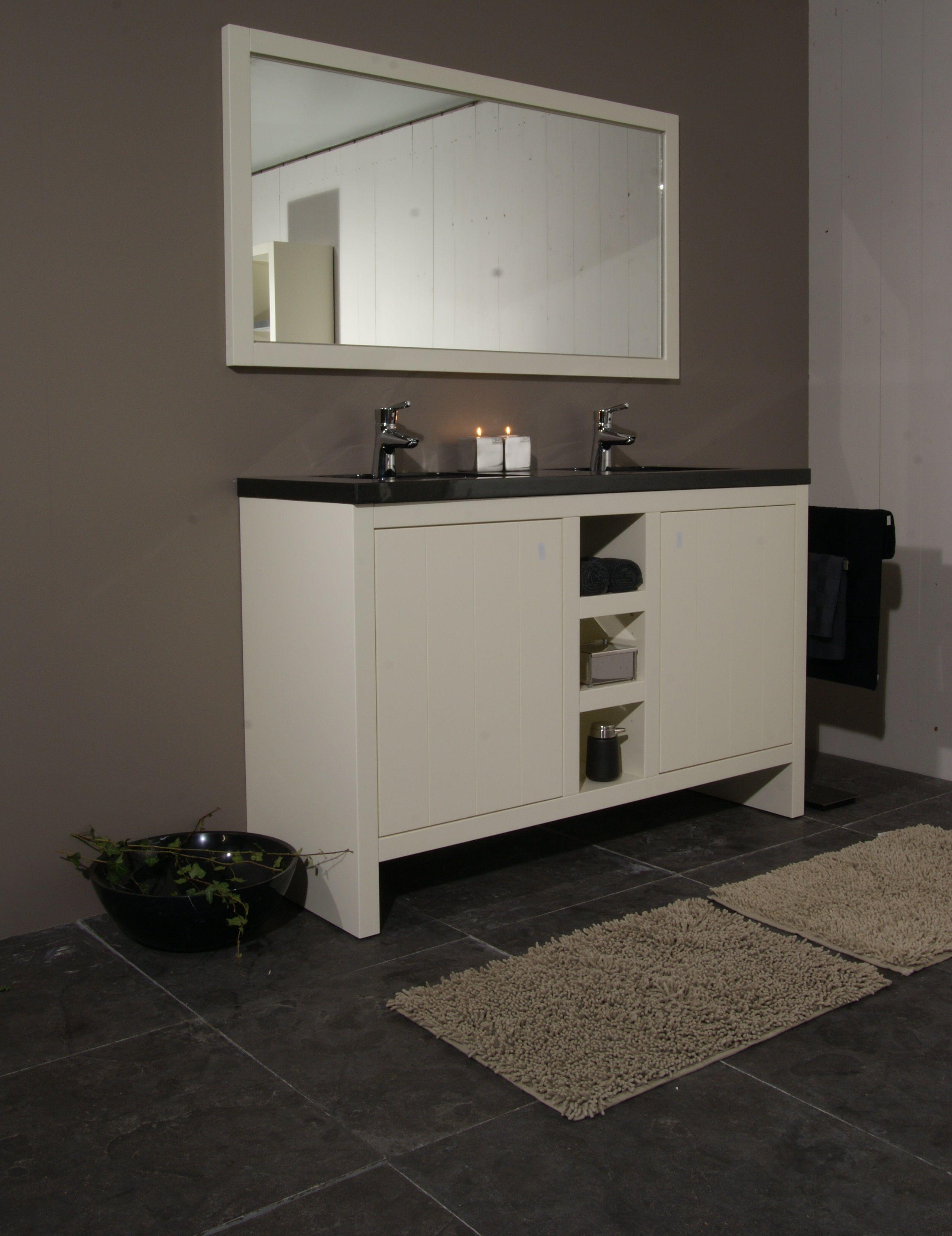 landelijke badkameropstelling hardsteen vloertegels en granieten