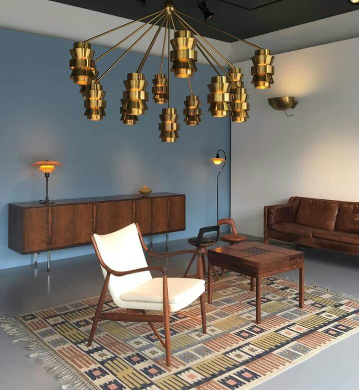 New display in our Paris gallery. Finn Juhl NV-45 easy chair, Larsen & Bender Madsen table, Børge Mogensen sofa, Aage Porsbo chandelier, Poul Henningsen table and floor lamp.