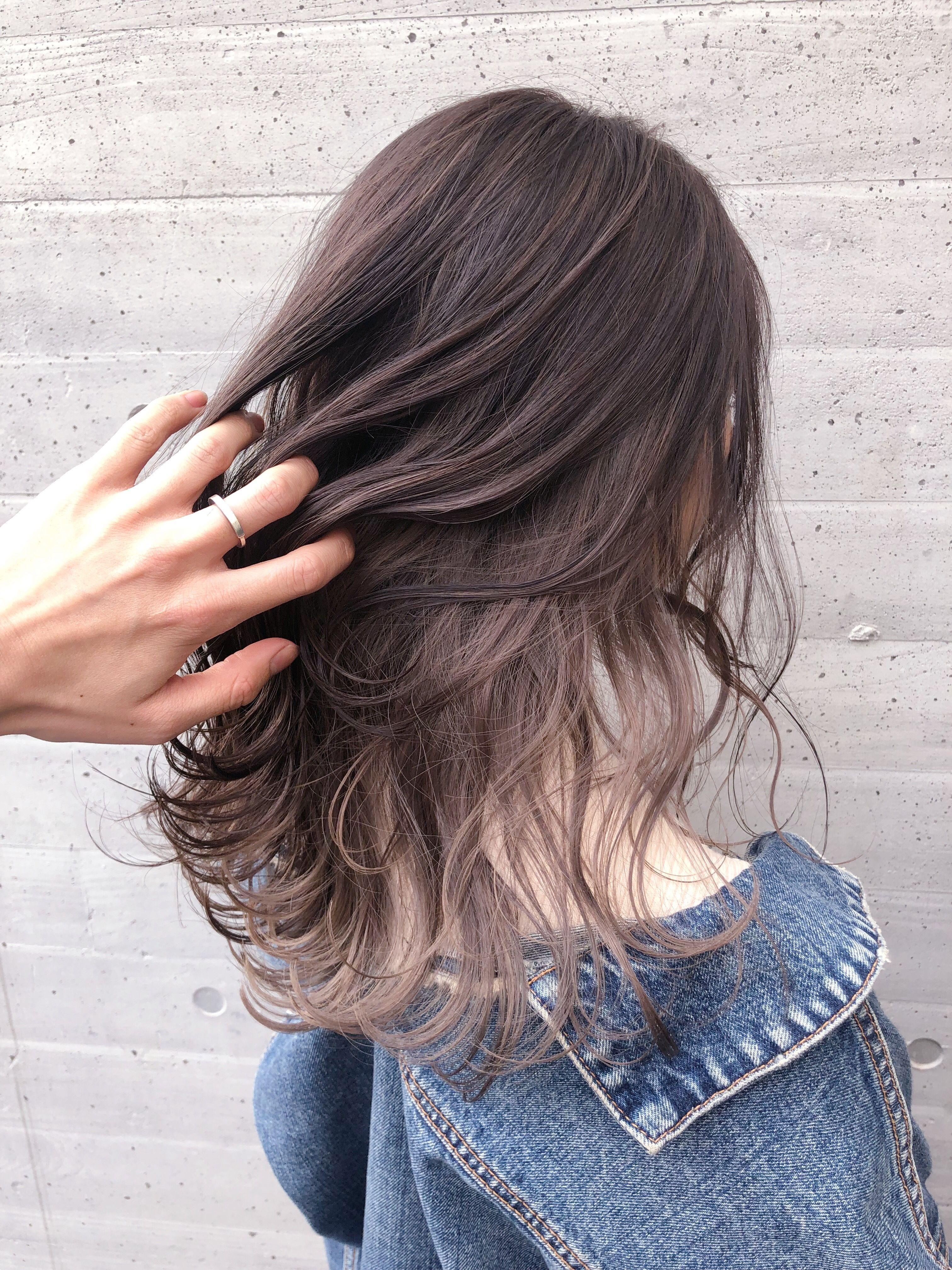 ハイライト インナーカラー 髪の毛カラー ヘアスタイリング 黒髪