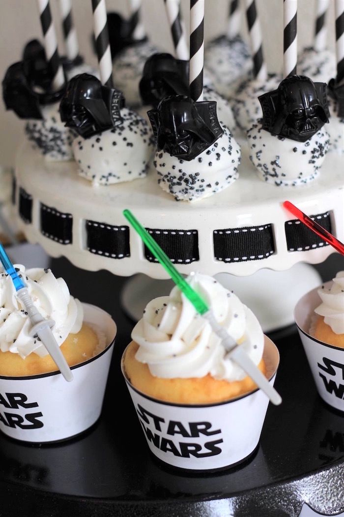 Monochromatic Star Wars Birthday Party With Images Star Wars
