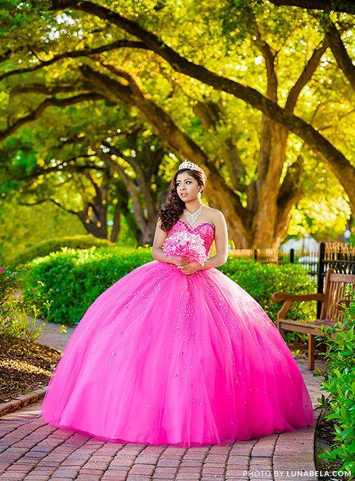 18e0fe077 Houston Quinceañera Photographer - Photo and Video Services — Houston  Quinceañera Photographer - Fotografo de Quinceañeras en Houston