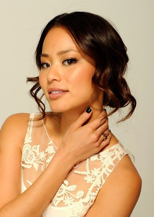 Jamie Chung Hairstyles Loose Wavy Updo Hairstyle With Curls Wavy