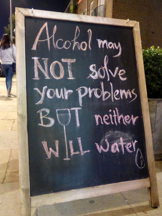 Funny Sidewalk Bar Signs 10 Photos Funny Funny Signs Funny