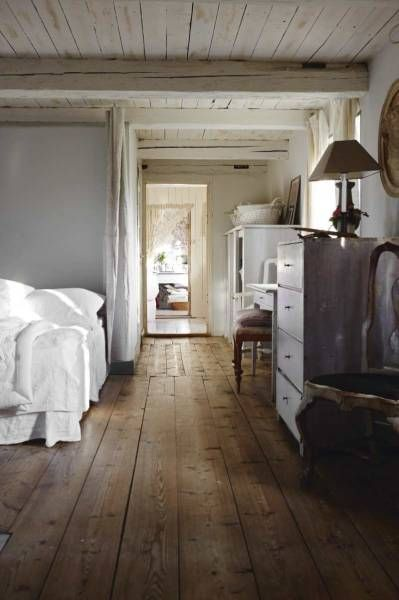 Wide Plank Pine Floors White Washed Wood Ceiling