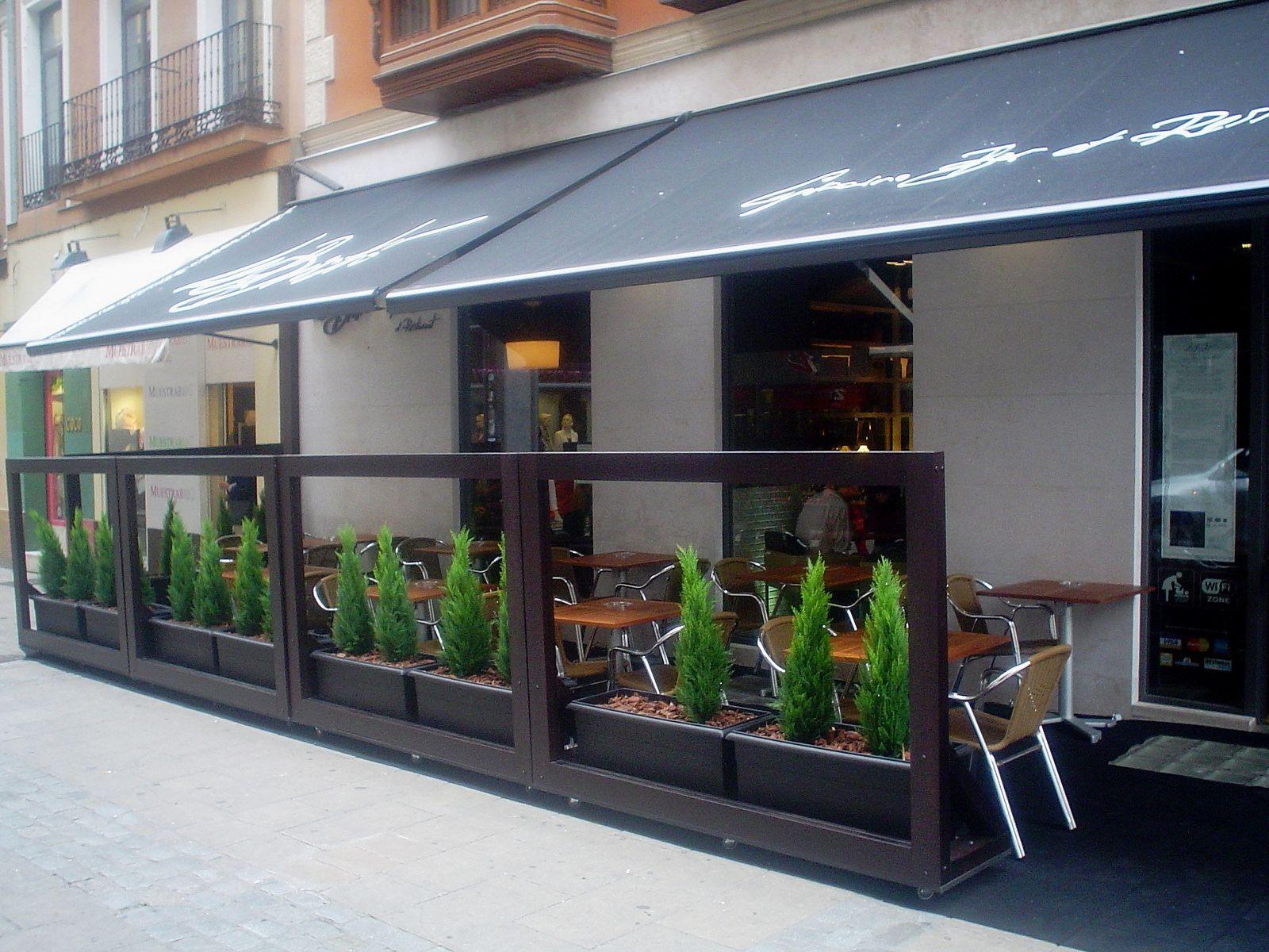 Terraza le bistr le bistr capuccino bar et restaurante - Toldos terraza bar ...