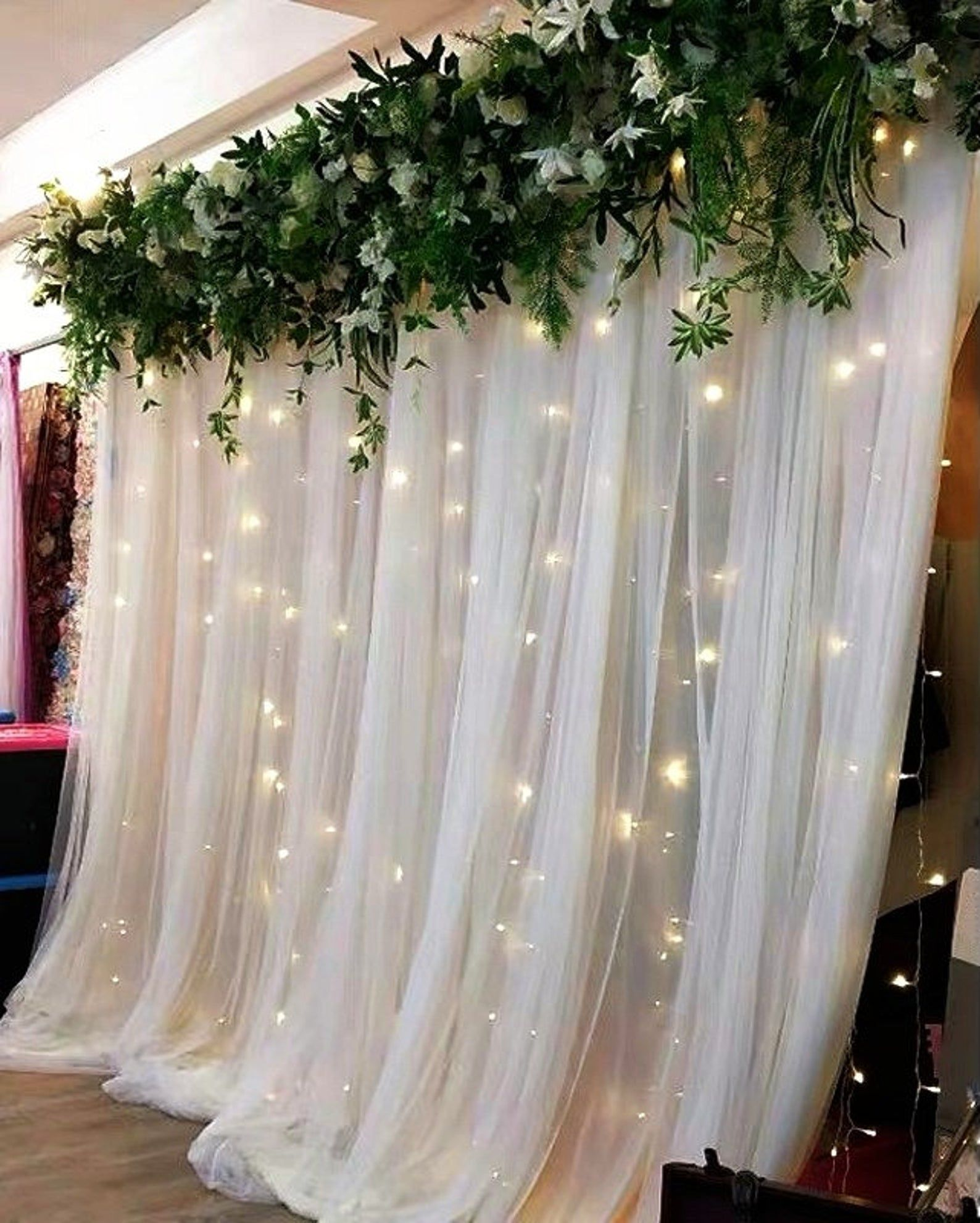Wedding Backdrop Curtain Wedding Backdrop Fabric Tulle Etsy Wedding Reception Backdrop Tulle Backdrop Photo Backdrop Wedding