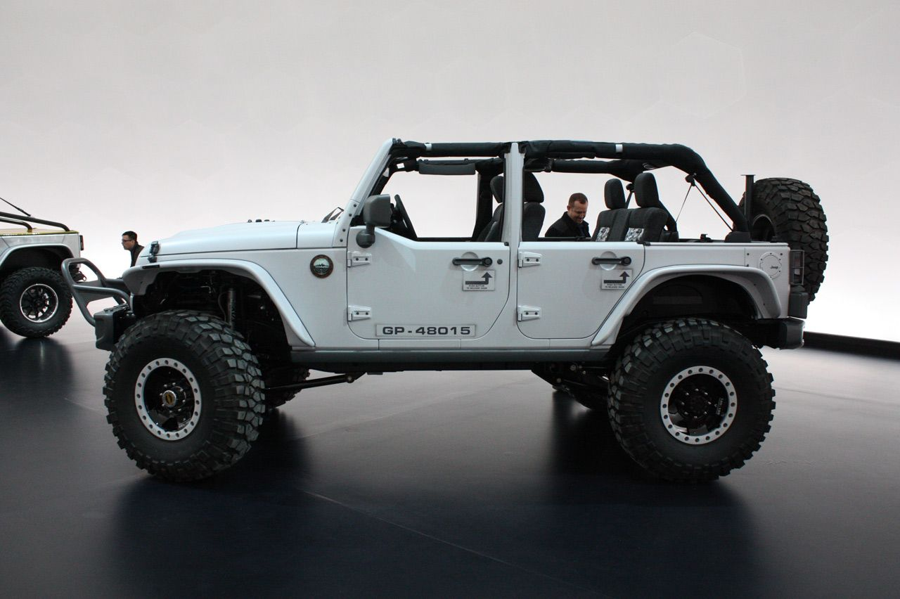The Best Way To Get Around A Tough Mudder Course Ion Uk Jeep Jk Jeep Wrangler Jeep Jk Unlimited