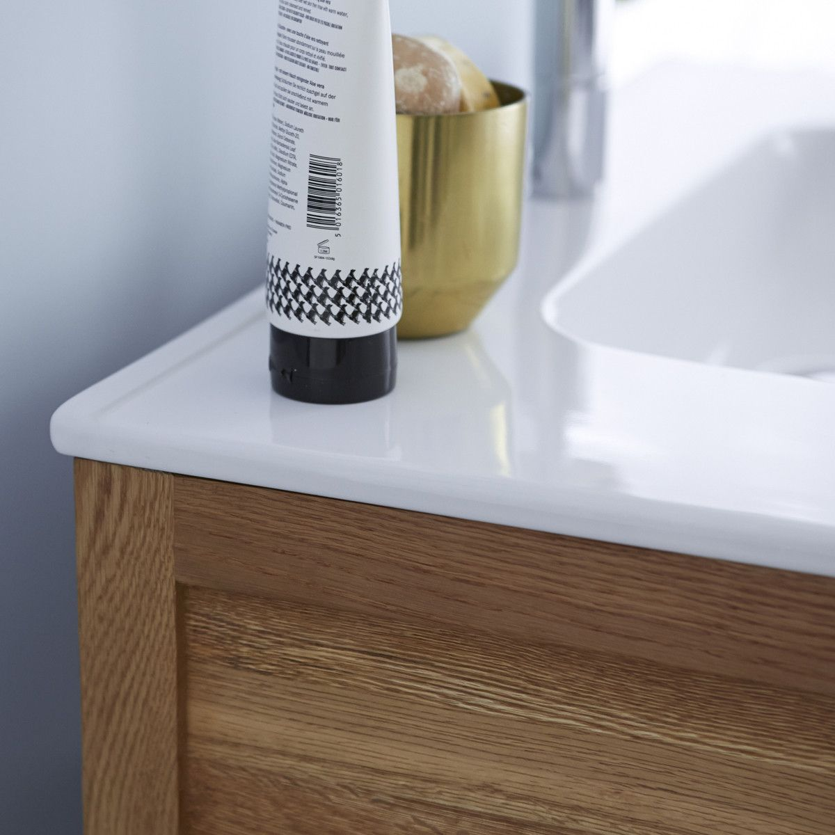 Photo of Easy Oak und Ceramic Vanity Cabinet 80