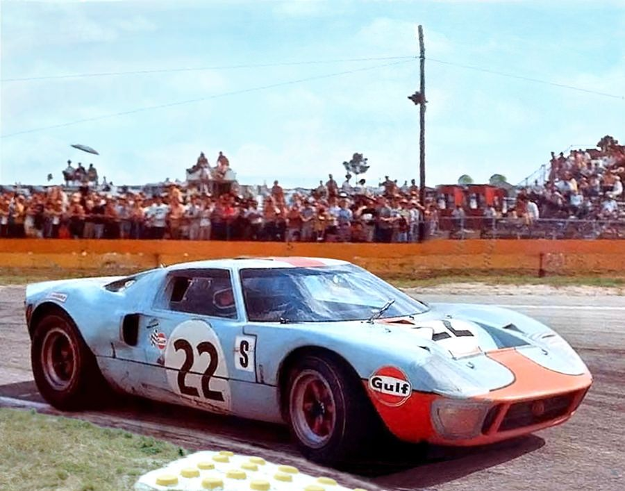 Winning Gt40 At Sebring 1969 Ford Gt Ford Gt40 Ford Racing