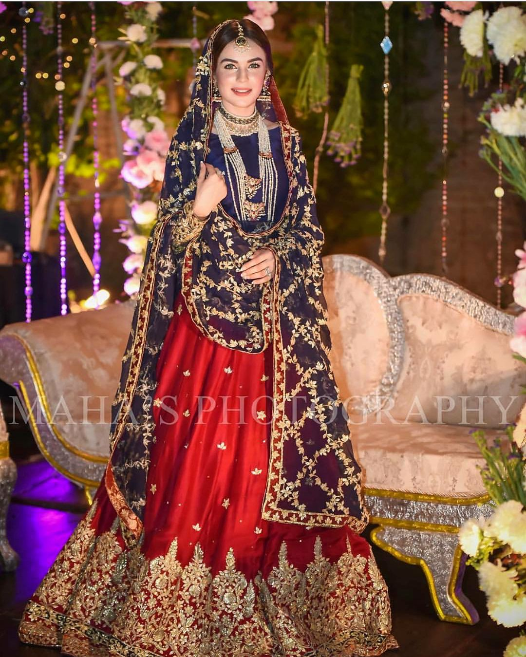 Mahenurhaider How Pretty Is This Color Combination Pakistanstylelookbook Bridal Dresses Pakistan Pakistani Bridal Dresses Pakistani Bridal Wear [ 1349 x 1080 Pixel ]