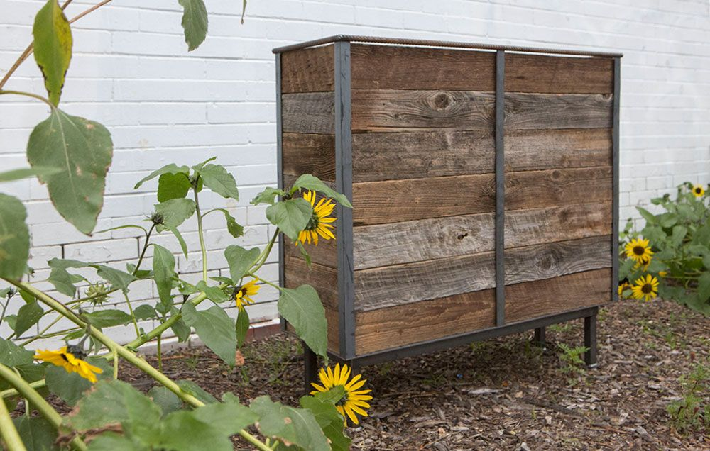 Rustic Steel Frame Planters with Reclaimed Cedar Wood Сад
