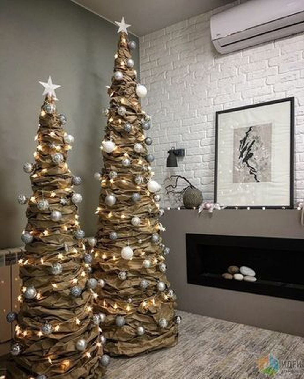 35 Inspiring Christmas Tree Ideas Best For Your Living Room Decor Cool Christmas Trees Alternative Christmas Tree Unusual Christmas Trees