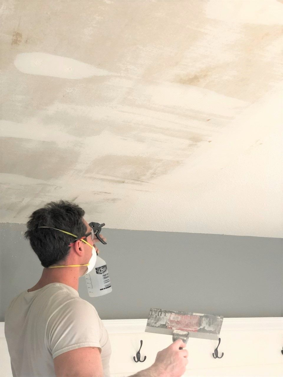 How To Remove Popcorn Ceilings Like A Pro Smoothing Textured Ceilings Removing Popcorn Ceiling Popcorn Ceiling Ceiling Texture
