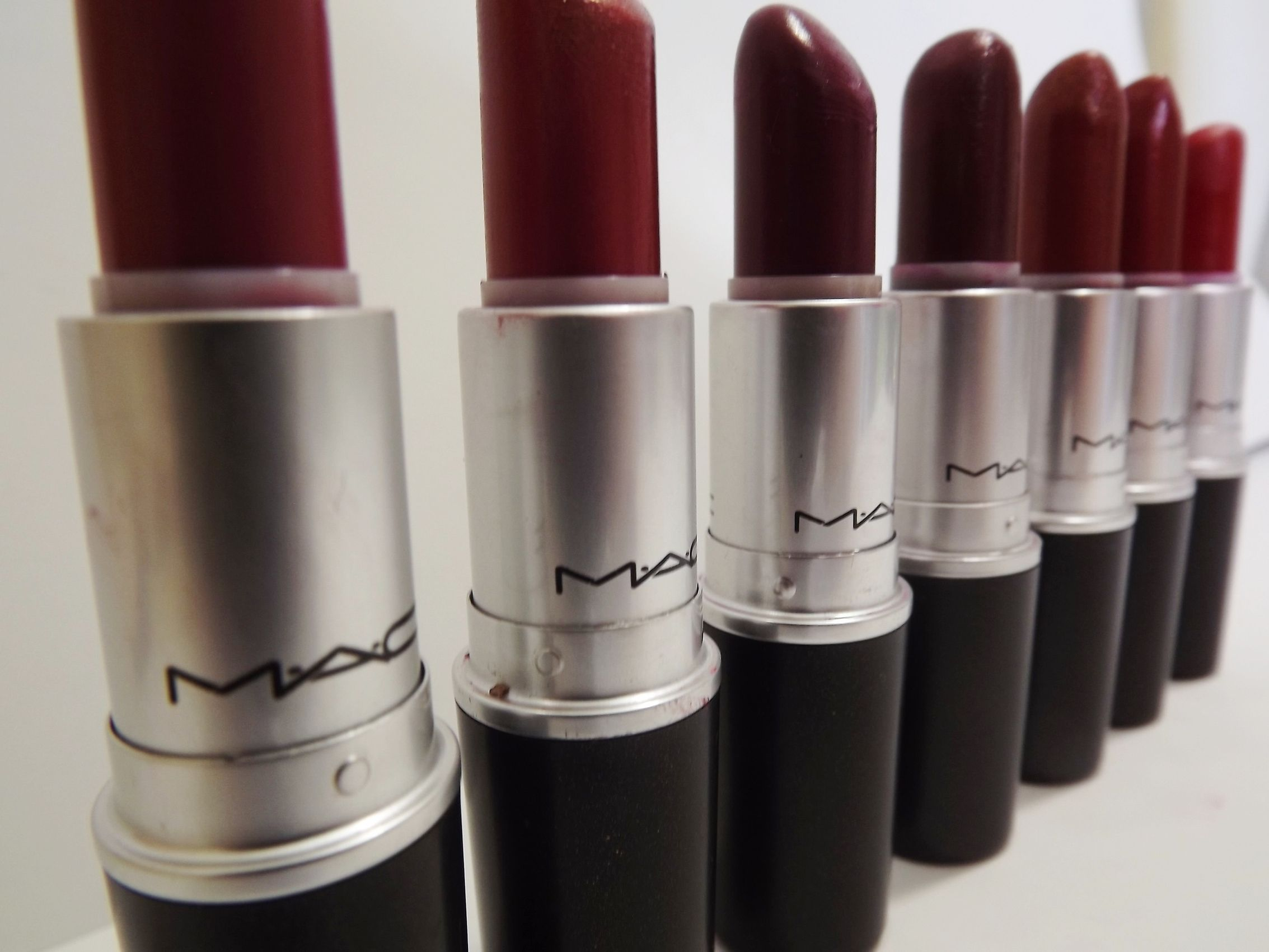 Mac Fall Lipstick on P...