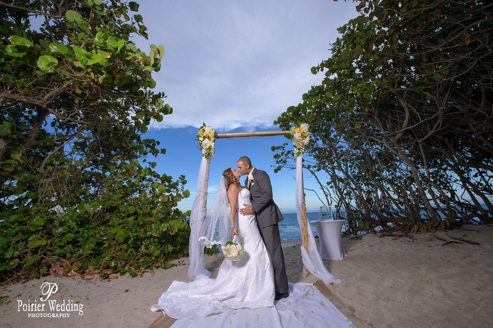 Lauren Kevin S Jupiter Beach Resort Wedding Jupiter Beach Resort Beach Wedding Photography Beach Wedding Photographer