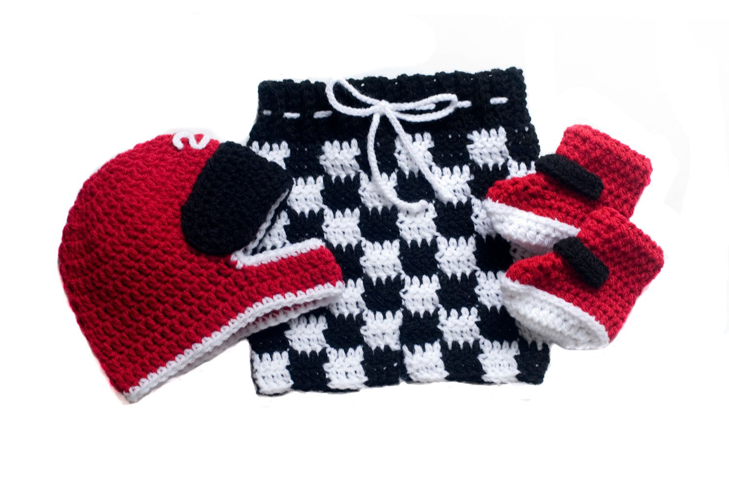 Photo of Items similar to MOTOCROSS BABY OUTFIT, Motocross Boots, Crochet Racing Baby Checkered Flag, Motocross Baby Knit Baby Racing Helmet Newborn Motorcross Baby on Etsy