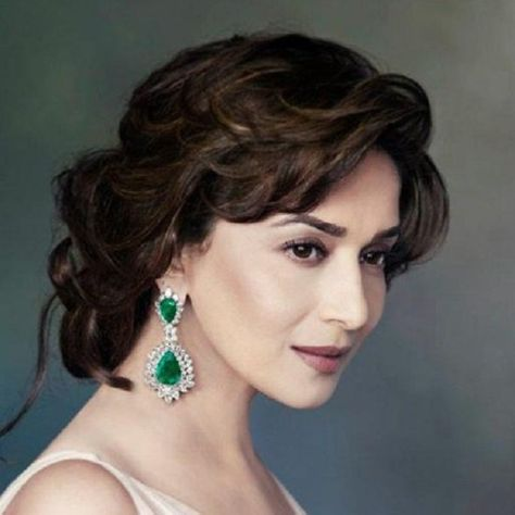10 Beautiful Hairstyles Of Madhuri Dixit Beautiful Hair Half Up Hair Hair Styles